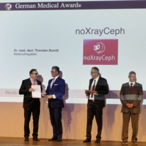 German Medical Award 2019 noXrayCeph Medica Düsseldorf Gesundheitsminister Laumann